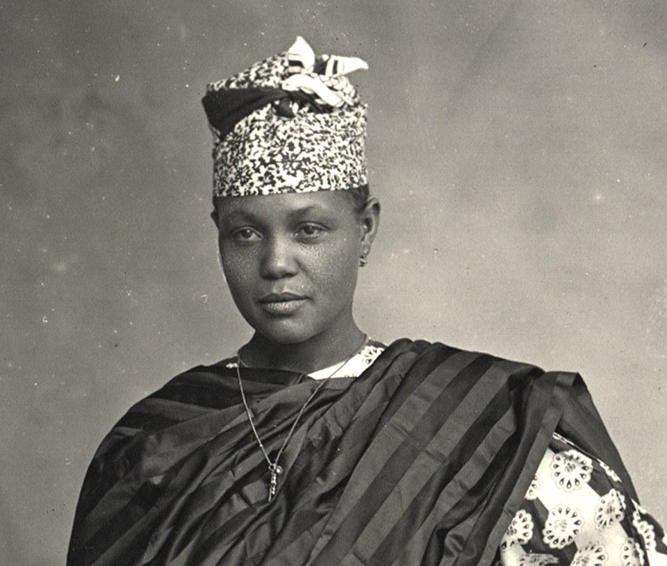 La très belle photographie d'une Signare des années 1890
