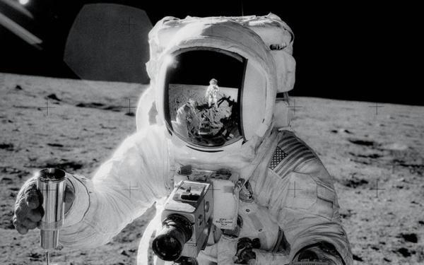 Buzz Aldrin a-t-il reconnu que l'Homme n'a pas marché sur la Lune ?