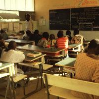 Crise du lycée Demba Diop : Le proviseur sort de sa réserve Depuis le début de l'année scolaire, la crise s'est accentuée au lycée Demba Diop de Mbour. Le corps professoral dans son écrasante majorité continuant de réclamer le départ du chef d'établi