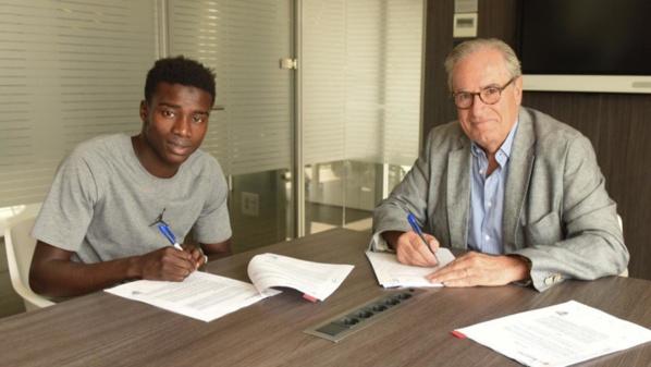 Le Barça a fixé la clause libératoire de Wagué à 100 millions d'euros