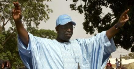 Youssou Ah ! Insensé qui croit quand vous interpellez Idy, vous n'interpellez pas Macky Sall.