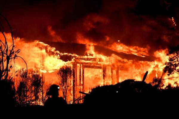Urgent- Le marché Tilène de Ziguinchor ravagé par les flammes : près d'un milliard FCfa partis en fumée