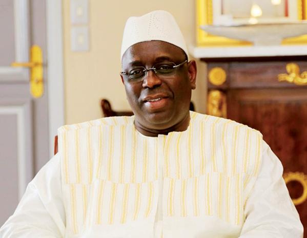 Macky Sall offre 35 millions aux apéristes de Dakar-Plateau