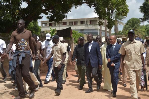 INTOX : Le PM Mahammed Boun Abdallah Dionne n'a jamais été hué à Ziguinchor, mais plutôt, applaudi (Photos)