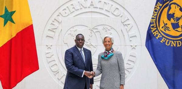 Hausse exigée par le Fmi : Pourquoi Macky a bloqué les prix des produits pétroliers ?