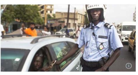 « Amoul Yakar », le policier sénégalais à qui on ne glisse pas un billet dans le permis