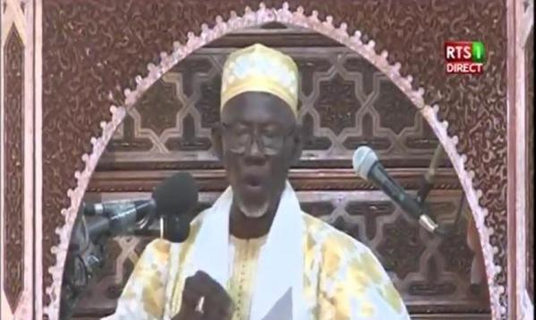Imam de la grande mosquée : « Ce qui se passe dans ce pays n'est que de l'indiscipline … »
