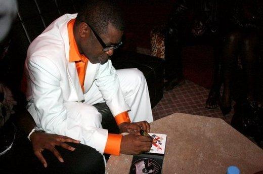 Info : Un concert de Youssou Ndour en France annulé faute de... spectateurs