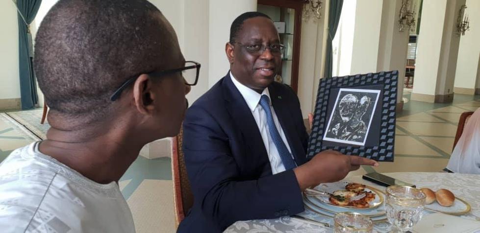 Macky Sall fait visiter le Palais à L'équipe de kenkelibaa
