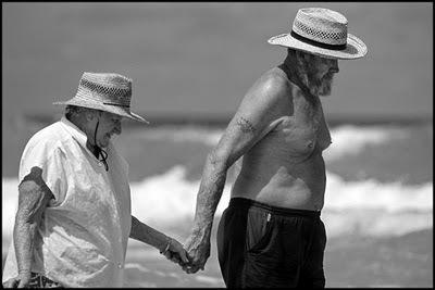 La ménopause : Pourquoi une baisse du désir sexuel et une détérioration de l'humeur ?