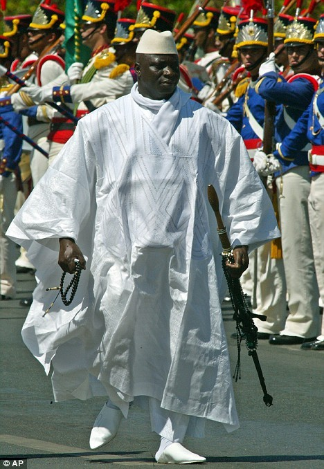 BOKARR SEY EX DIPLOMATE GAMBIEN : «Yaya vend de la cocaïne et des armes , Il assassine ses complices et offre des passeports diplomatiques à ses maîtresses »