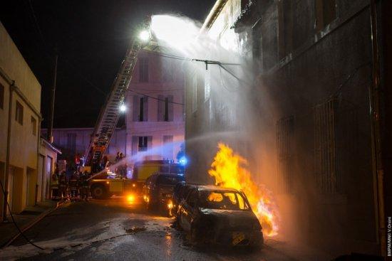 Italie : Suite à une bagarre, une Sénégalaise de 37 ans met le feu à la voiture de son mari, se brule et finit à l'hôpital