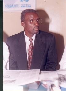 Photo de l'auteur : Mandiaye GAYE  Ecrivain sénégalais