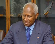 Abdou Diouf appelle « tous les acteurs » à reconnaître la victoire de Ouattara
