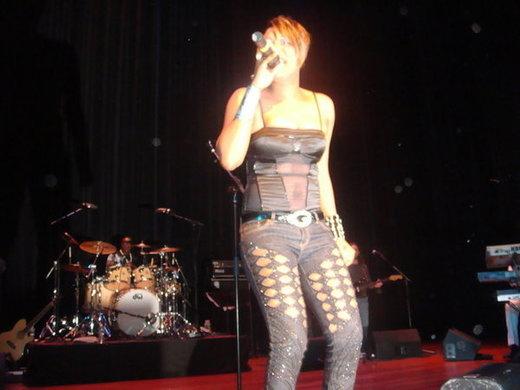Photos : La chanteuse Titi in the New York City