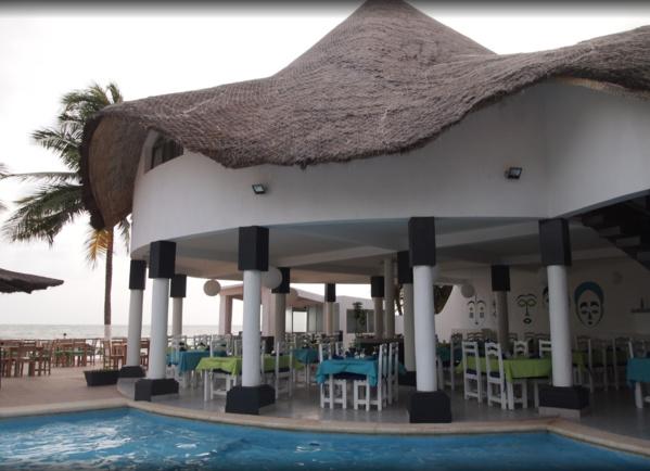 SCANDALE A L'HOTEL «AFRICA QUEEN» DE LA SOMONE  Un couple se fait cambrioler en plein séjour
