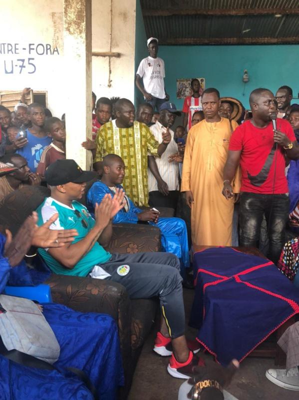 Banlieue dakaroise: L'international El Hadj Diouf, président du mouvement force citoyenne, sensibilise