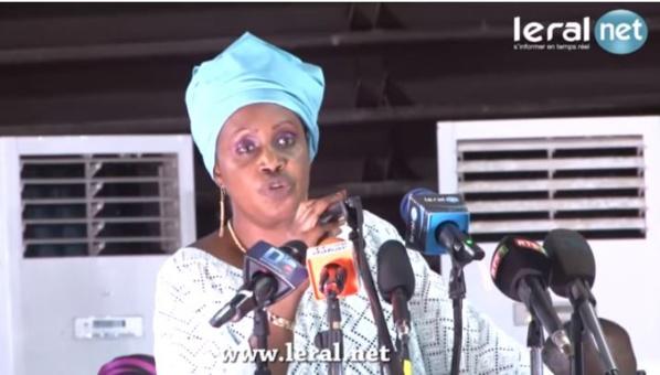 Me Nafissatou Diop : « L'opposition vit dans le monde des pétaw, de la voyance et du charlatanisme politicien. Le Peuple a déjà fait son choix. »