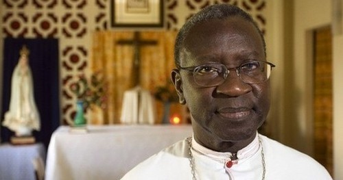 Pour leur première fête de Noël au Sénégal : Le Cardinal Adrien Sarr organise un dîner à l'honneur des étudiants haïtiens