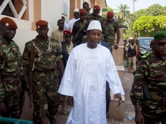 Guinée : Alpha Condé met en place un gouvernement équilibré