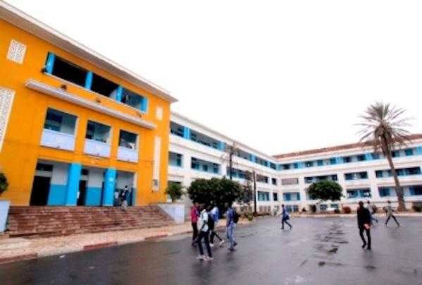 Visite à l'Ucad: Macky Sall inaugure six nouveaux pavillons de 4000 lits