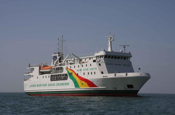 Liaison maritime Dakar-Ziguinchor: Le Cosama cloue Aline Sitoé Diatta à quai, sans explication
