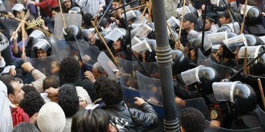 Egypte : Nouvelle journée de manifestations, 500 arrestations