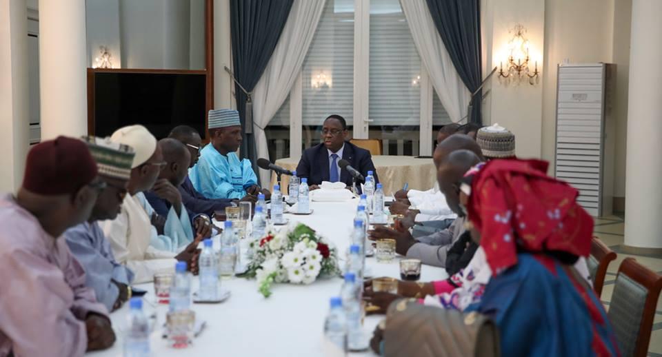 Photos : Macky Sall a reçu une délégation de l'UNACOIS