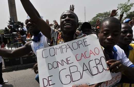 Côte d`Ivoire : l`avion de Blaise Compaoré n`n'atterrira pas à l`aéroport d`Abidjan, menace un leader pro-Gbagbo