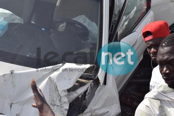 Photos - Accident sur l'autoroute à péage : Collision monstre entre plusieurs voitures à hauteur de Diamniadio