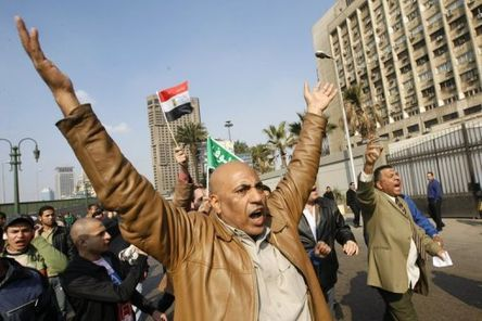Départ de Moubarak: Israël inquiet