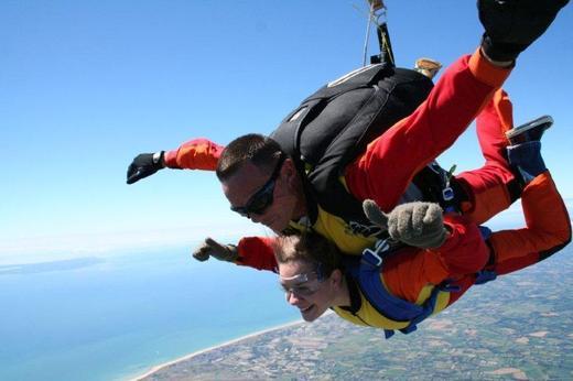 Le parachutisme prend un nouvel envol au Sénégal