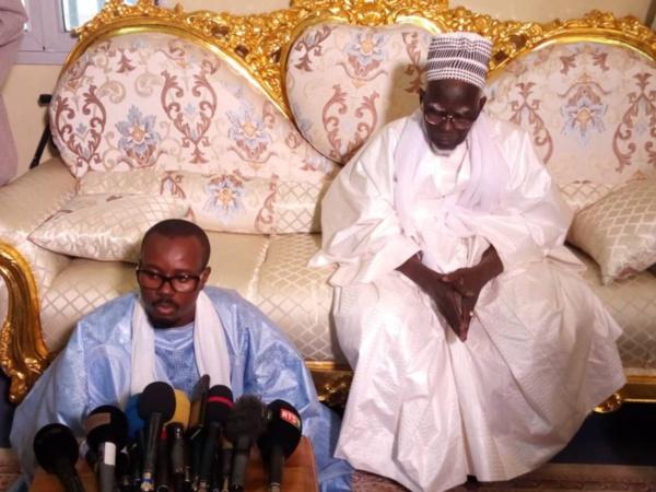 """Le khalife des Mourides sermonne les acteurs politiques: """"Rew ken douko tabax ci ay caxaane ak poukeuré*..."""""""