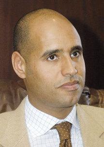 La Libye au bord de la guerre civile, annonce le fils de Kadhafi : Benghazi aux mains de la population