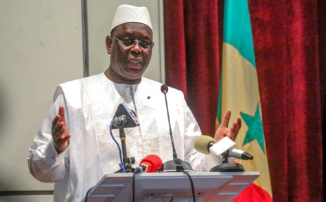 Gaz et pétrole : Macky Sall réplique à Ousmane Sonko et Thierno Alassane Sall