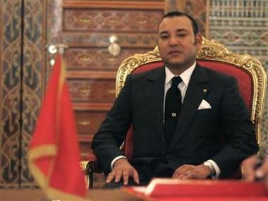 Le roi du Maroc tient un discours de fermeté aux manifestants