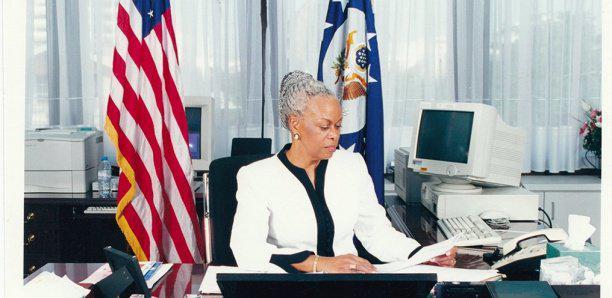 """Les révélations de l'ex-Ambassadrice des USA au Sénégal: """"Ce que le Président Wade m'a demandé un jour au téléphone..."""""""