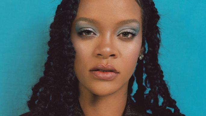 Rihanna taclée sur ses origines, elle remet un hater à sa place et c'est épique !