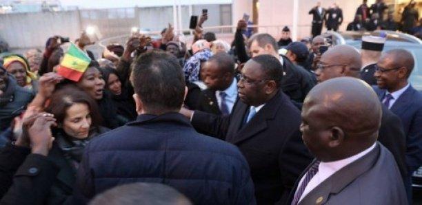 Vidéo-Bataille rangée à la résidence du Sénégal à Paris