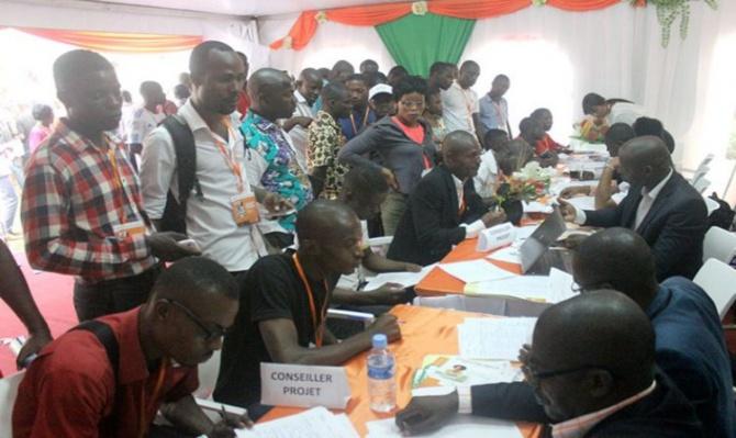 """L'économiste Thierno Thioune: """"L'Etat doit faciliter l'accès au crédit aux jeunes"""""""