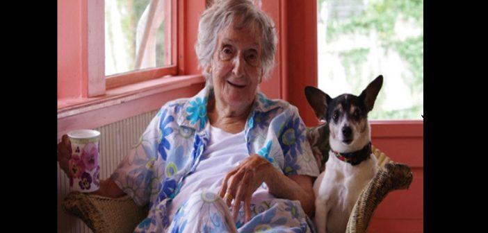 une veuve milliardaire l gue toute sa fortune son chien pour punir ses enfants. Black Bedroom Furniture Sets. Home Design Ideas