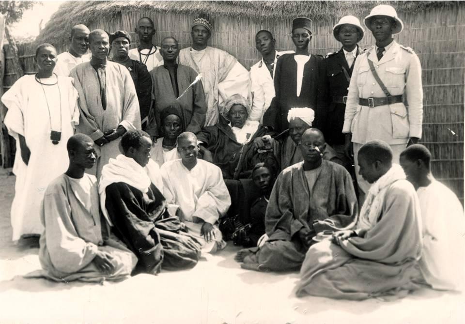 Carte postale: Une photo inédite de Serigne Fallou Mbacké prise vers la fin des années 1940