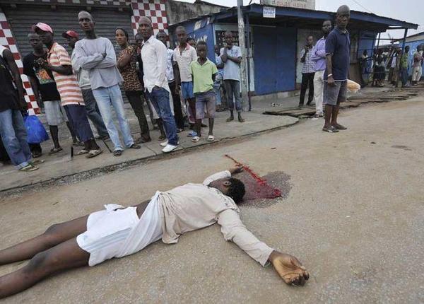 Côte d'Ivoire: 12 morts à Abidjan après des tirs à l'arme lourde