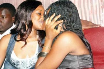 Dakar: on se livre à des jeux sexuels entre filles