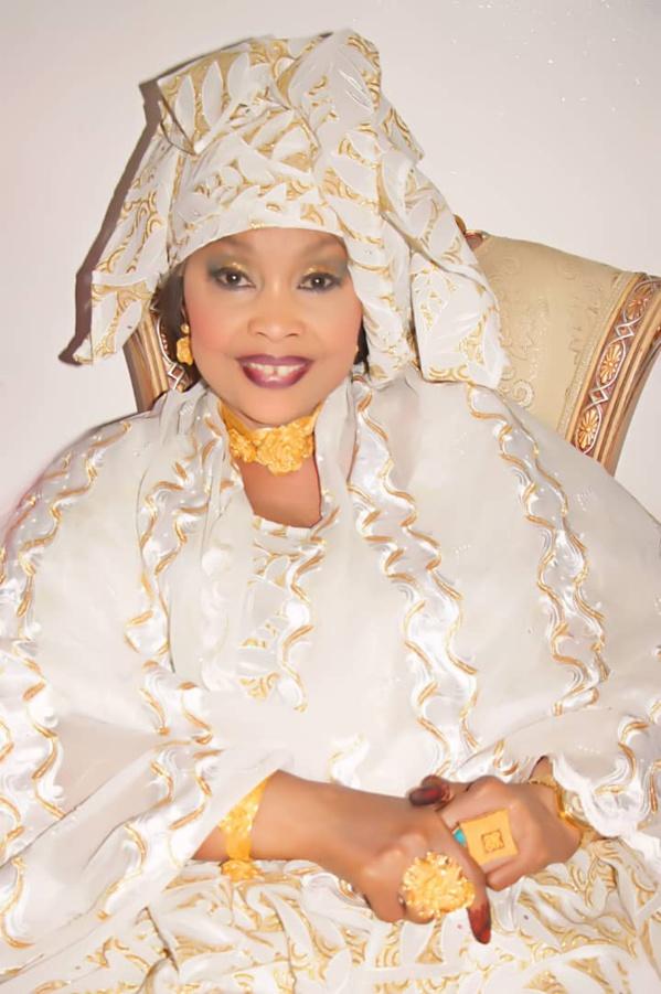 """Admirez le """"sagnsé"""" de Sokhna Fatou Samb, épouse de l'illustre Imam Cheikh Cissé !"""