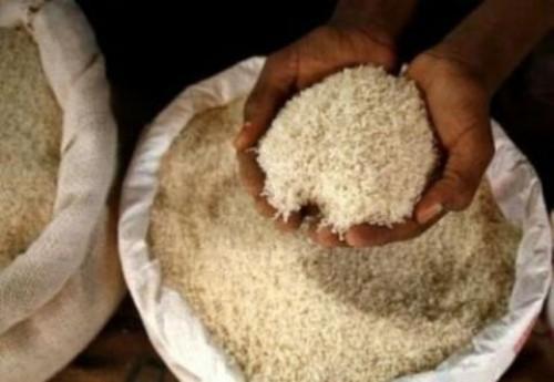 Le sac de riz de 50 kg passe de 16 500 à 18 000 francs Cfa