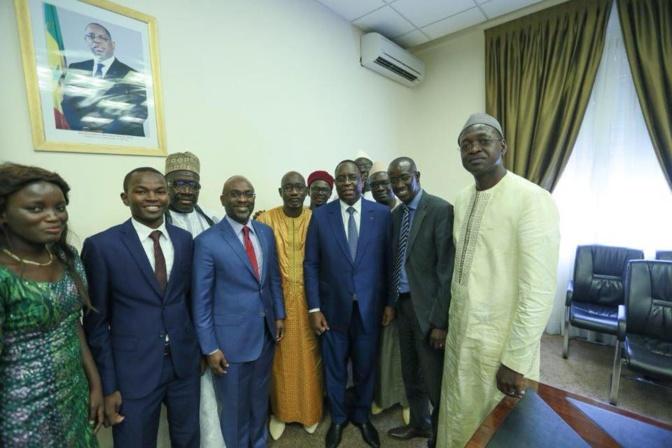 «Réélisons d'abord le Président Macky Sall le 24 février, pour nos divergences on verra après...»