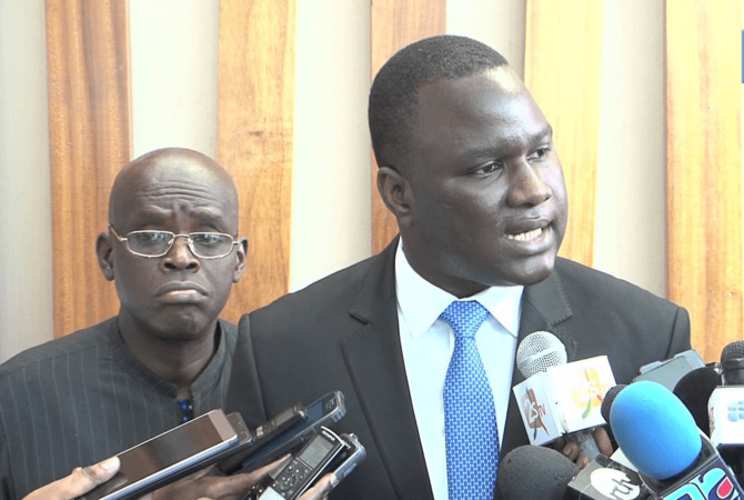 Dethié Fall à Aly Ngouille Ndiaye: « préparez vos lacrymogènes, nous allons y faire face »