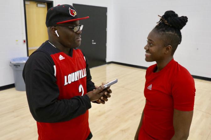 YACINE DIOP, AILIERE UNIVERSITE DE LOUISVILLE (ETATS-UNIS)  « Mon rêve, c'est d'intégrer la Women National Basketball American (WNBA) »