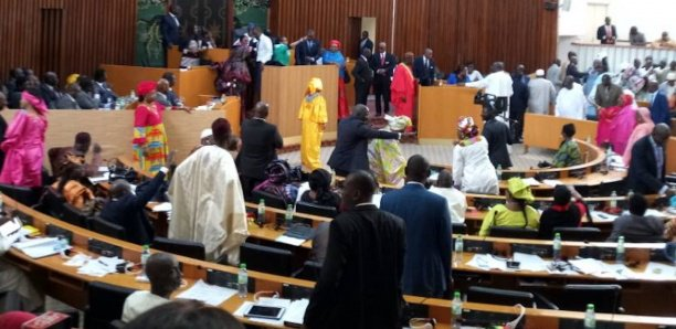 Assemblée nationale : Le vote suspendu pour défaut de vice-présidents